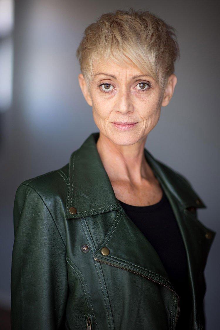 Suzie Hardgrave | Contact